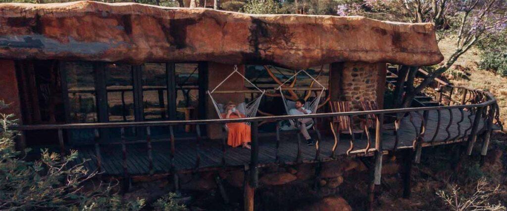 luxury-cave-deck